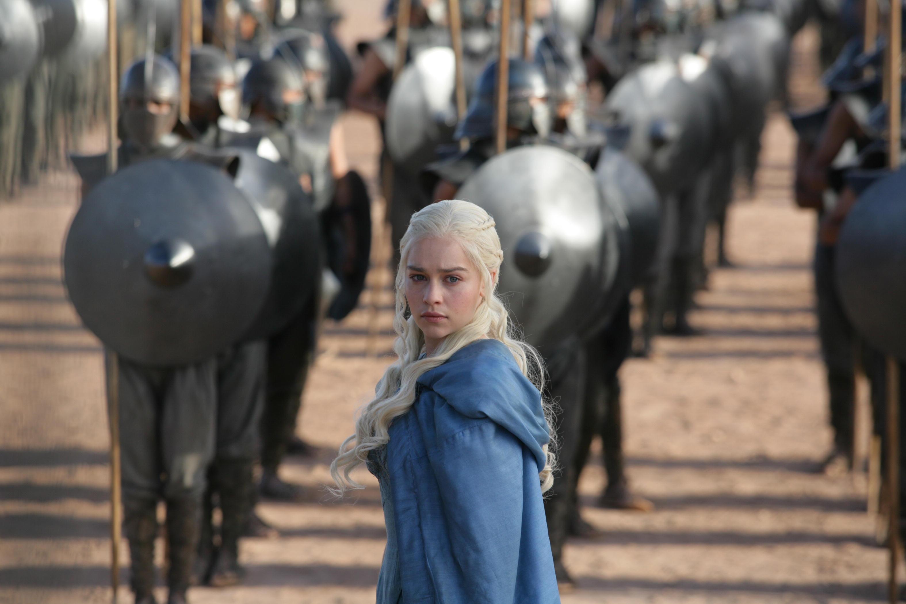 http://www.thecantinacrew.com/wp-content/uploads/2013/05/Daenerys-Targaryen-S3-daenerys-targaryen-33428349-3150-2100.jpg